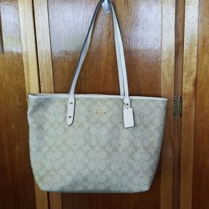 Brand new with tags COACH BAG